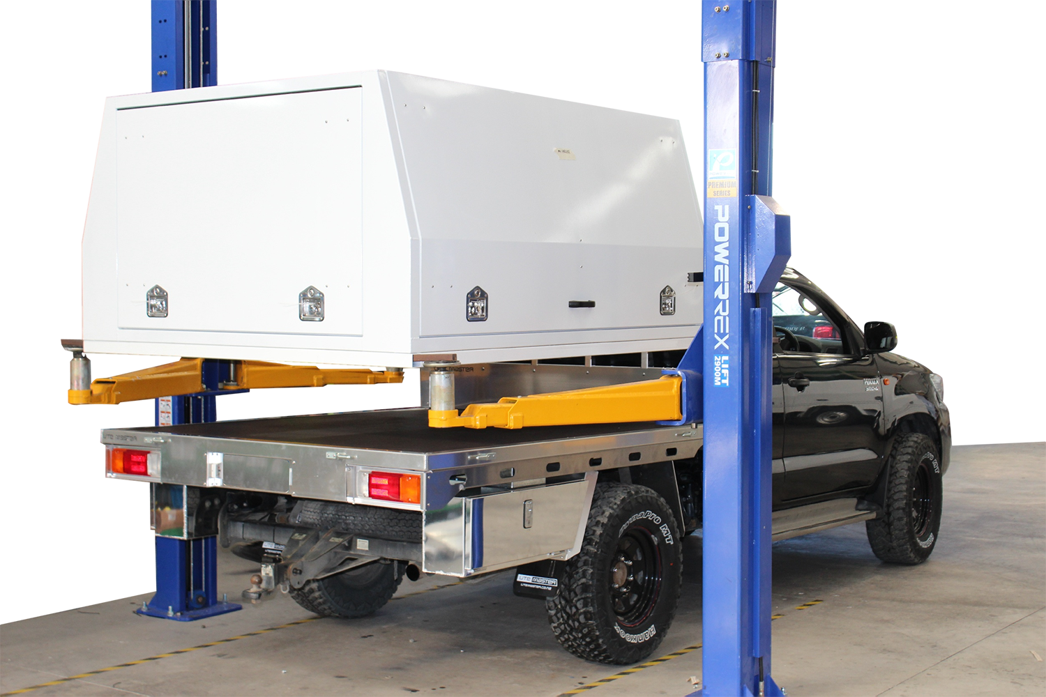 Product Photos Flat Deck lift off Service Body Combo_Utemaster