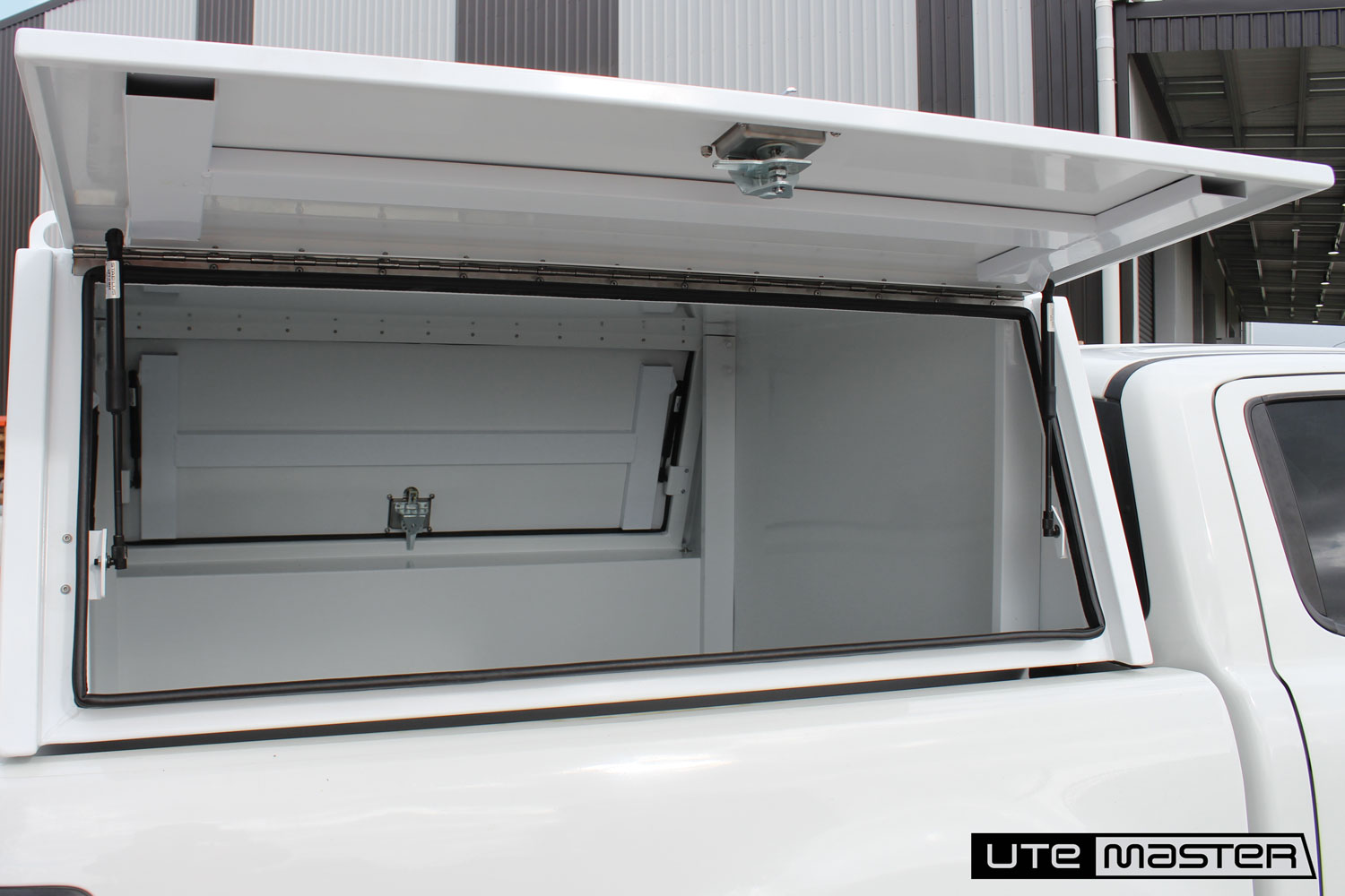 Lift Off Toolbox to suit Removable Toolbox by Utemaster Lift off service body commercial
