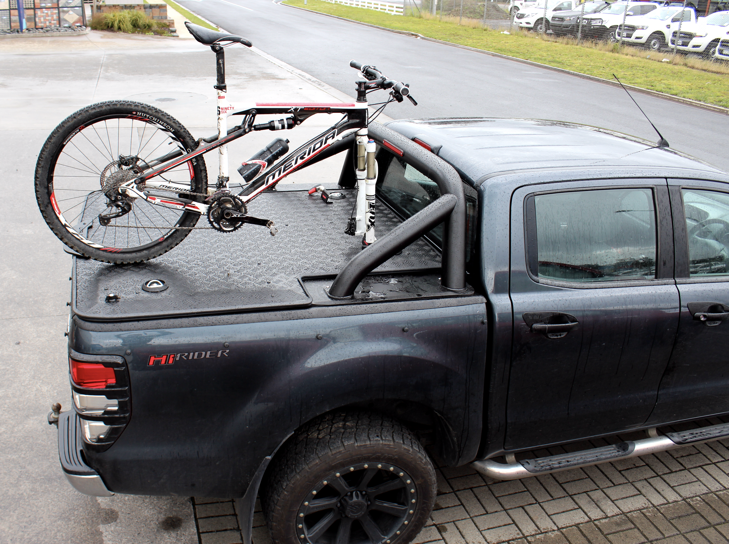 Fork Mounted Bike Carrier_Ford Ranger