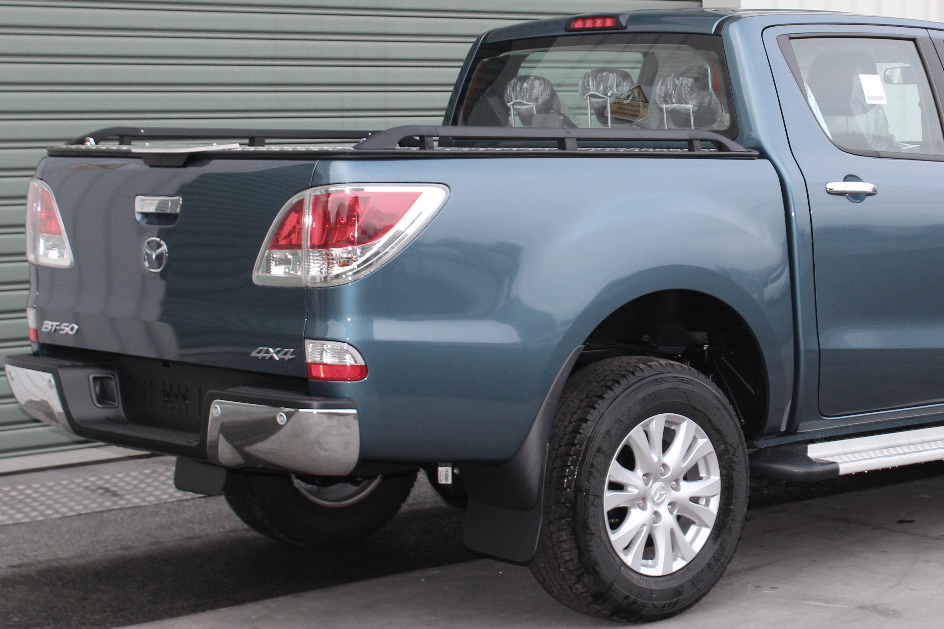 Product Photos Load Lid Mazda BT 50 PC Black Side Rails