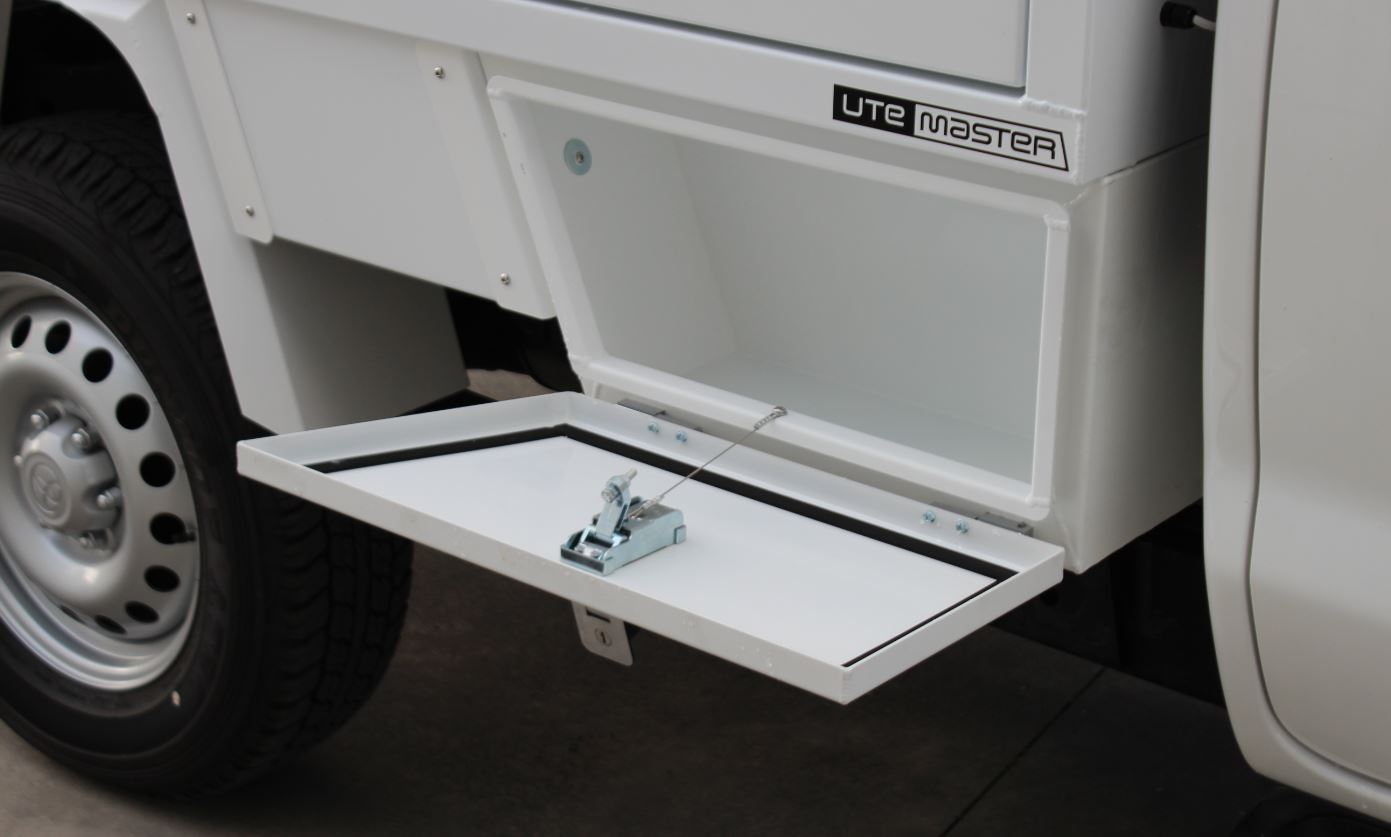 Service Ute Underbody Toolbox 600mm