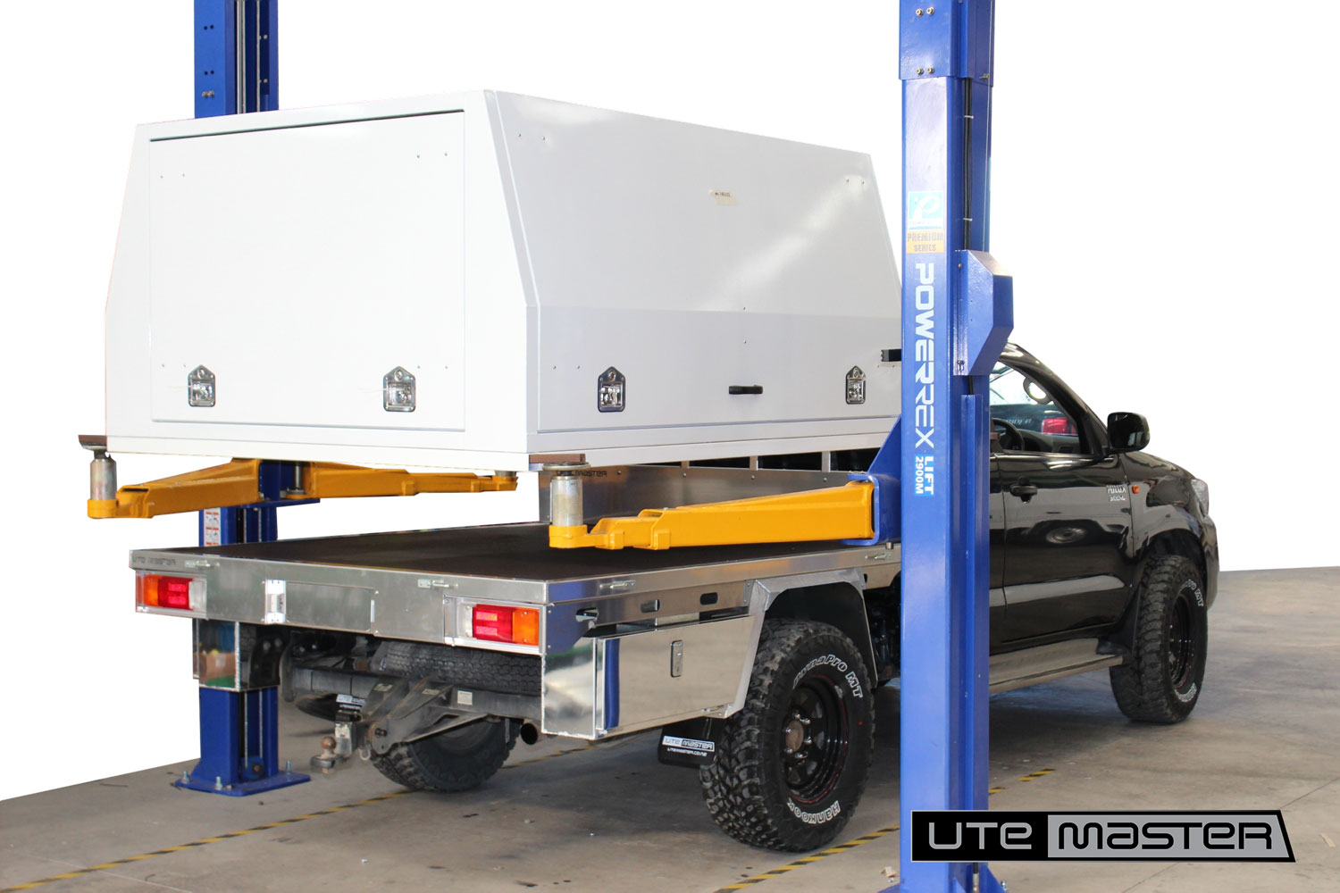 Flat Deck lift off Service Body Utemaster Commercial fitout box body